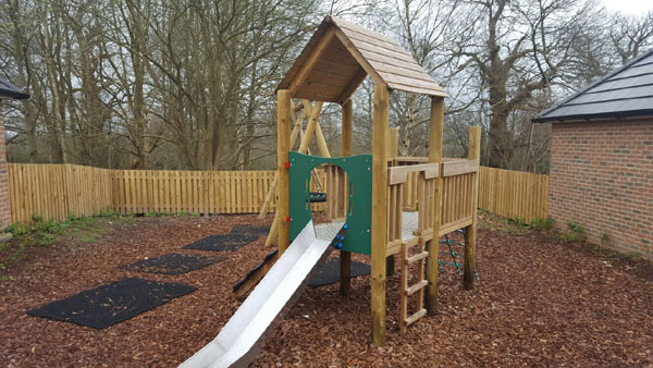 Timber climbing frame